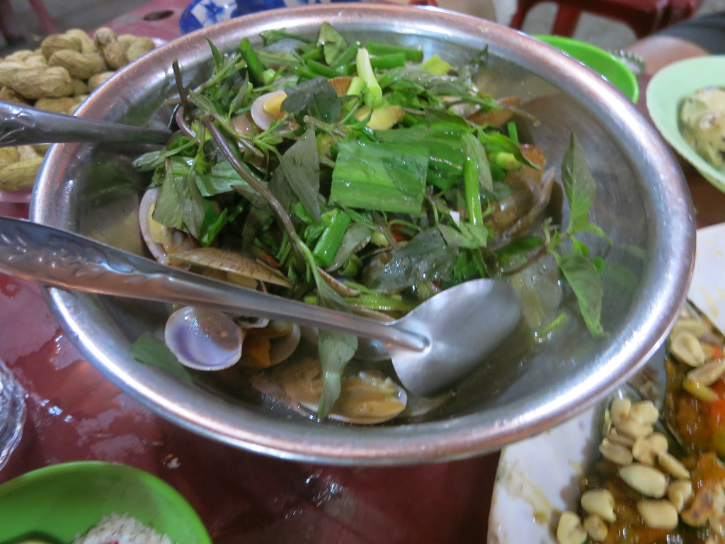 Steamed clams with Thai basil. Not your ordinary clams. YUMMY!
