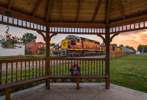 railroad sunset composition trains gazebo framing ohiocentral brandontownley