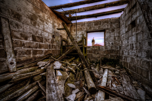 ri light sunset lighthouse twilight dusk decay beavertail jamestown trigphotography frankcgrace