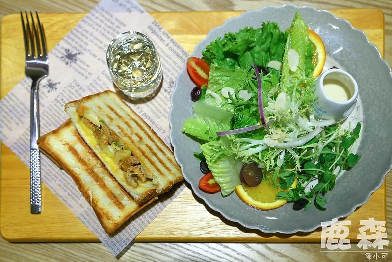 【新北市三重早午餐】鹿森早午餐,以森林為主題的早午餐店,提供豐盛精緻的餐點。