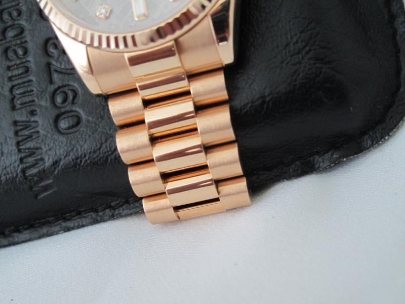 Bán đồng hồ rolex day date 6 số 118235 – vàng hồng – mặt đá thiên thạch – size 36
