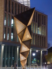 Francis Crick Institute - Midland Road, London - sculpture - Paradigm