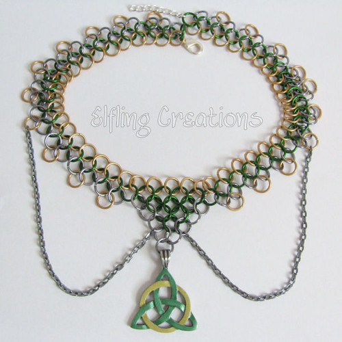 Triquetra Chainmaille Necklace