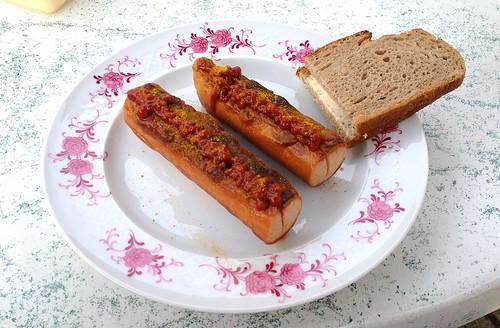 Currywurst & Graubrot