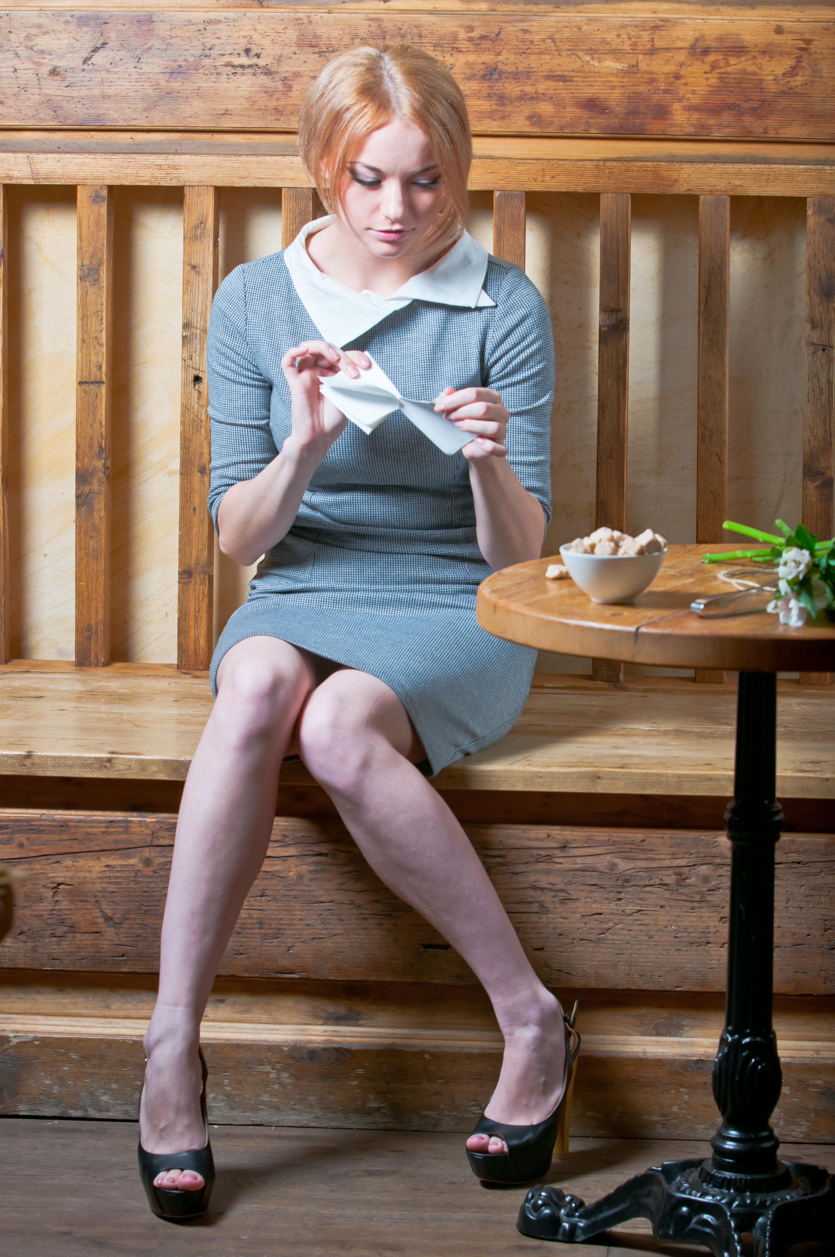 Фото девочки целочки рвут 7 фотография