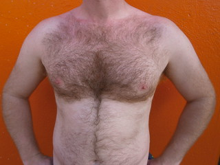 FOLSOM STREET FAIR 2013 ! BEAUTIFUL RED FURRY CHEST (SAFE PHOTO)