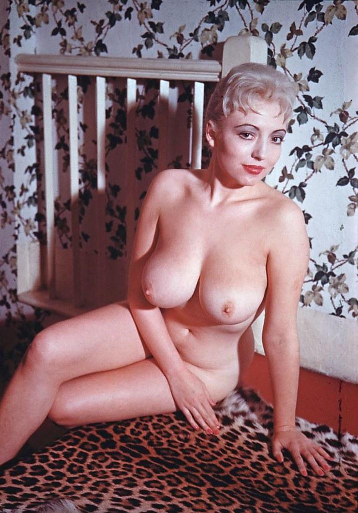Elaine nude wife