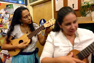 live music while celebrants waited in for some delicious meatless tamales..