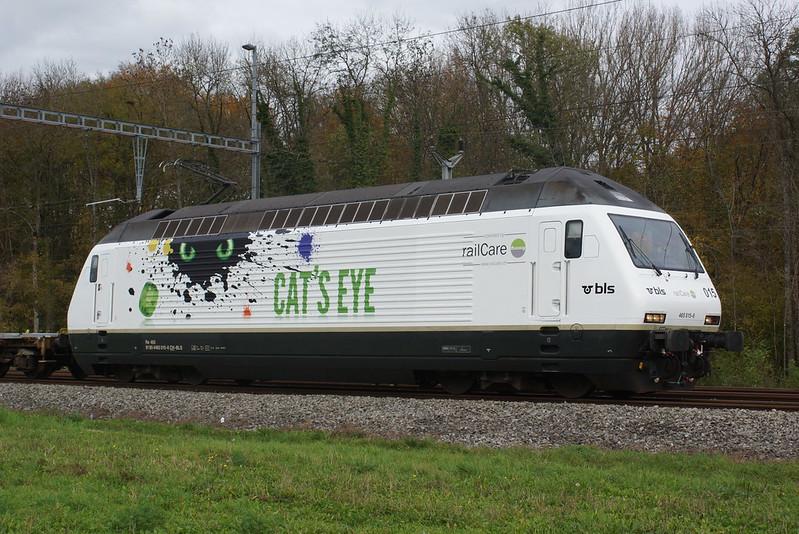 "2013-11-07, CFF/BLS/RLC, Vufflens-la-Ville, Re 465 015 ""Cat's Eye"""