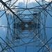 格子張りの空 - Bottom view of pylon -