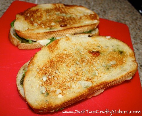 Pesto, spinach & avocado grilled cheese