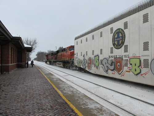Westbound BNSF Railway auto rack train.  Riverside Illinois.  December 2013. by Eddie from Chicago