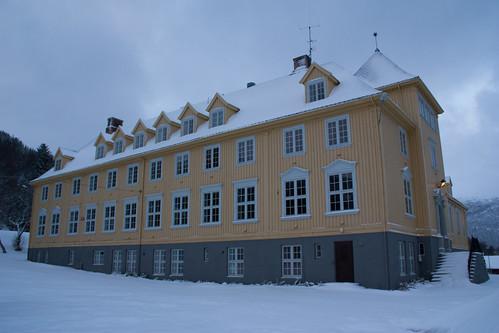 Solhov folkehøgskole