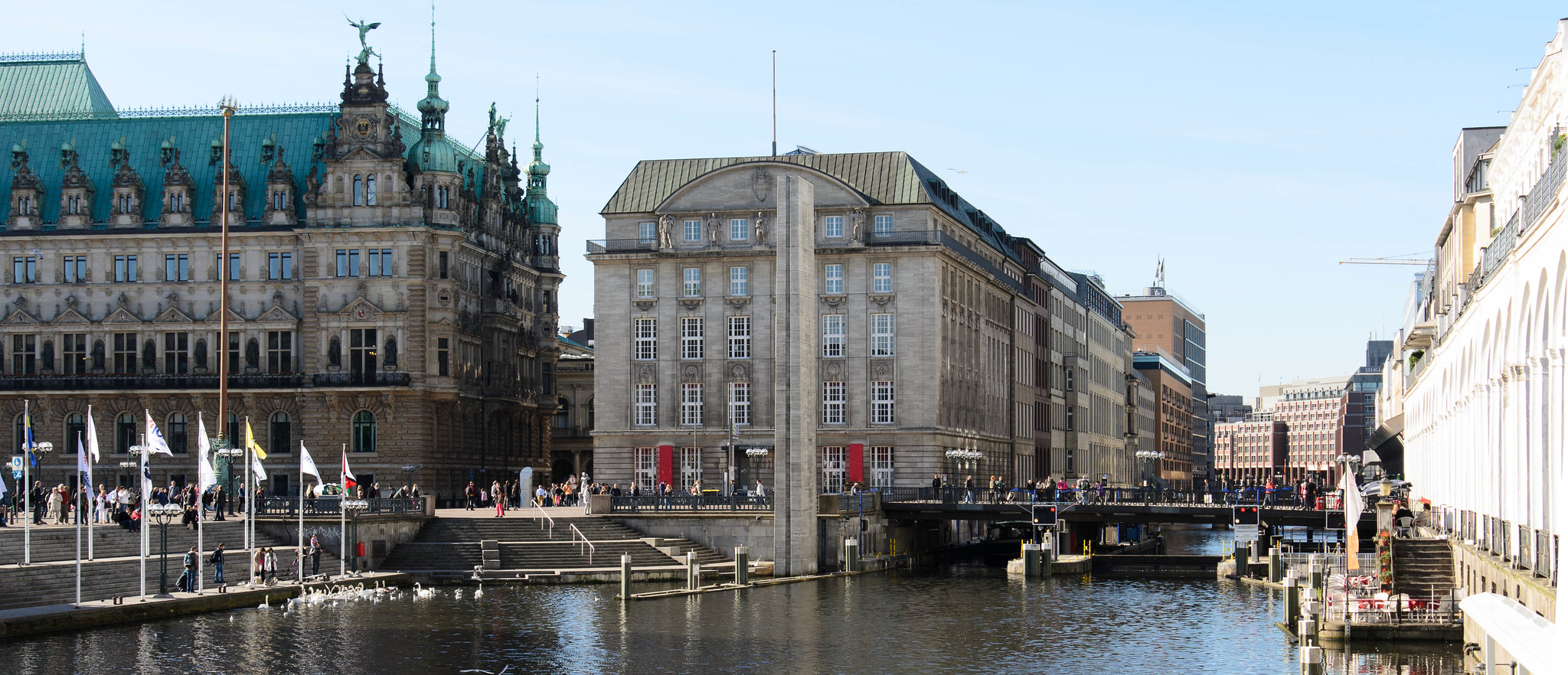 Hamburg town square and canal