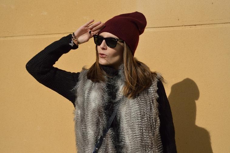 lara-vazquez-madlula-blog-burgundy-on-top-black-shades
