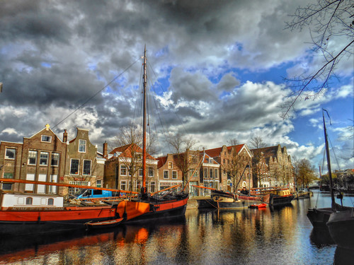 schiedam nederland netherlands holland dutch harbour haven nederlandse architectuur architecture buildings water ships boats clouds wolken geschiednis history historical langehaven lange reflections reflecties centre centrum south southholland zuidholland populartags tag tags popular photography photo image composition camera capture