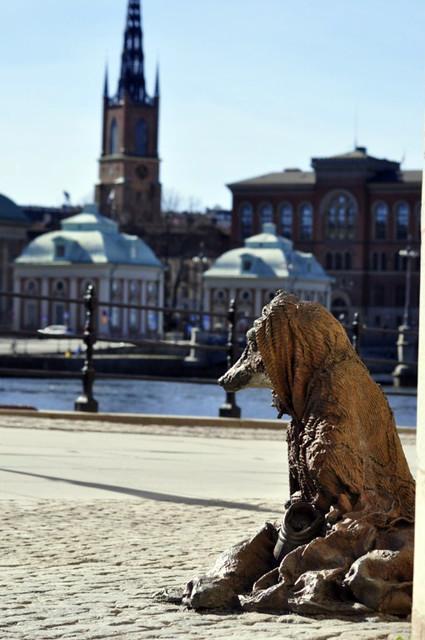 Popular calle Riksbron de Estocolmo qué hacer en estocolmo - 14036107388 f1c5e78f5e z - Qué hacer en Estocolmo para sentir Suecia