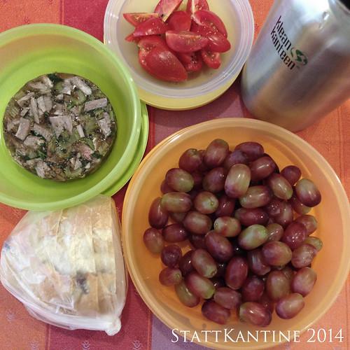 StattKantine 25.06.14 - Kalbfleischsülze, Tomaten, Olivenbrot