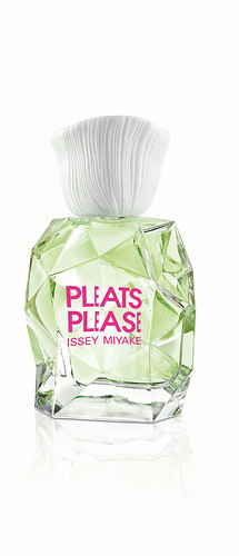 IM_PLEATS PLEASE L'EAU