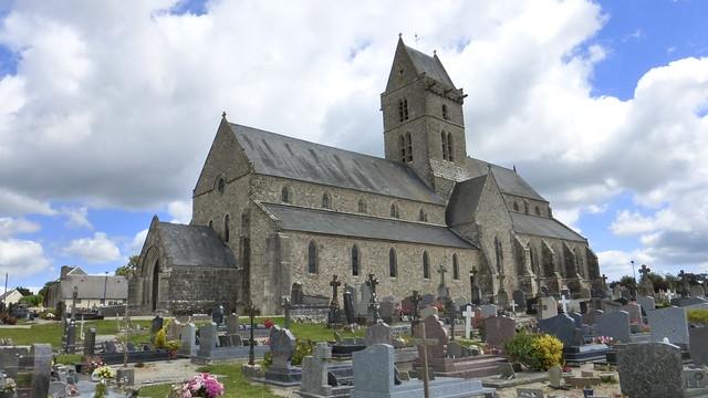 090 Église Saint-Pierre de Vesly