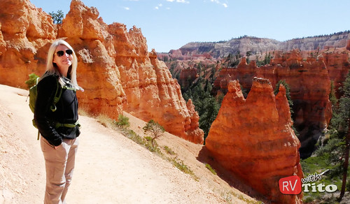 Tue, 10/04/2016 - 13:06 - HIke through Bryce Canyon National Park