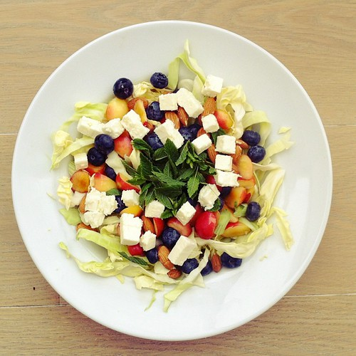Feta cheese, blueberries, cherries, cabbage, mint, almonds. #vegetarian #salad #saladporn #saladpride #eatclean #healthnut #healthyfood #healthyfoods #healthylunch #healthysalad #healthyeating #healthyfoodporn #notsaddesklunch #desklunch #foodporn #foodlo by Salad Pride