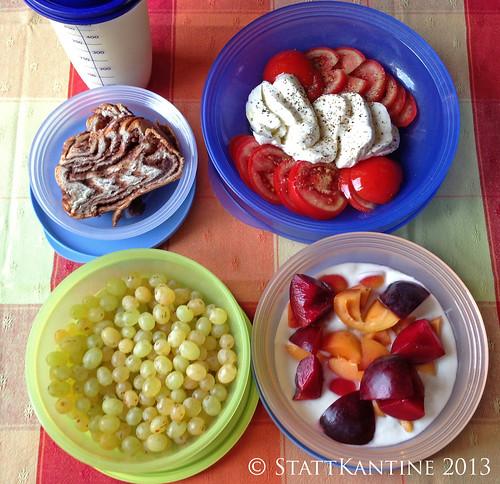 Stattkantine 18. Juli 2013 - Tomaten-Mozzarella, Sultaninen, Nußzopf