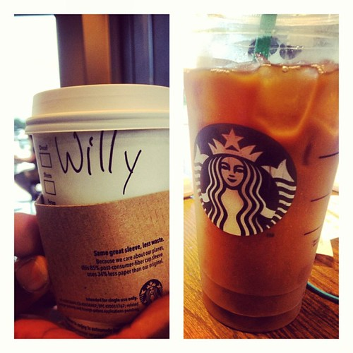It's kind of our thing. #starbucks in the afternoon! #makeitskinny