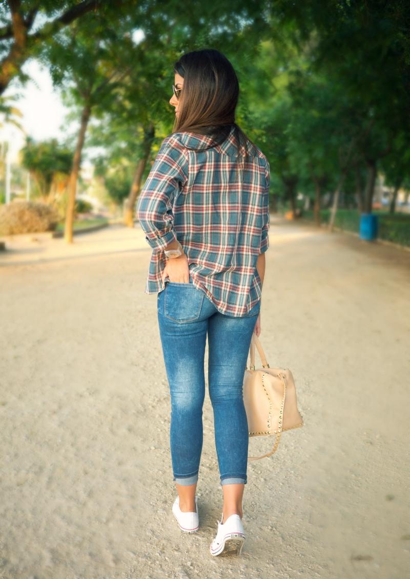 ladysdaily8a