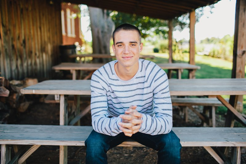 clear spring, md senior portrait photographer | matt at plumb grove
