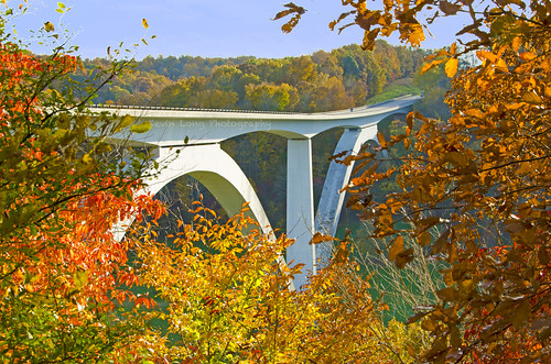 bridge autumn color fall colors architecture concrete franklin nikon arch tn tennessee double engineer route96 highway96 natcheztraceparkway williamsoncounty doublearchbridge d7000 williamsonco eugenefigg