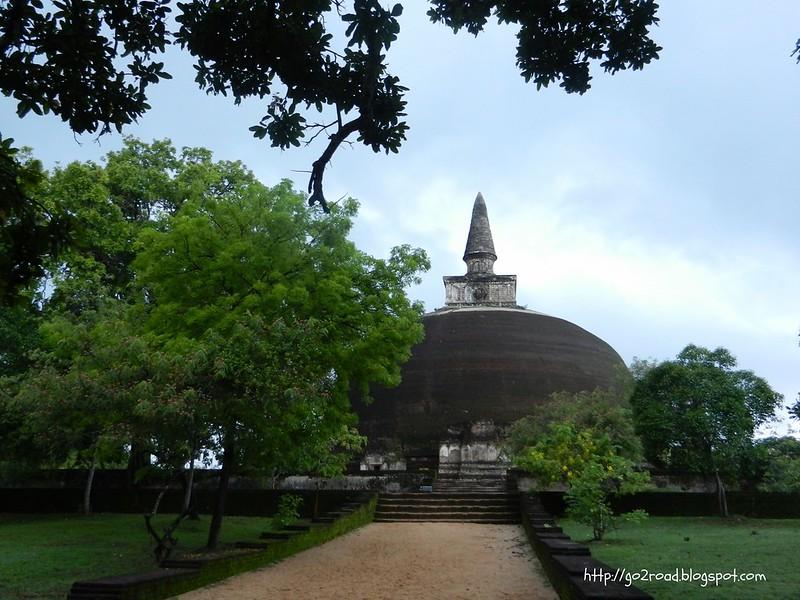 Ступа, Полуннарува, Шри Ланка