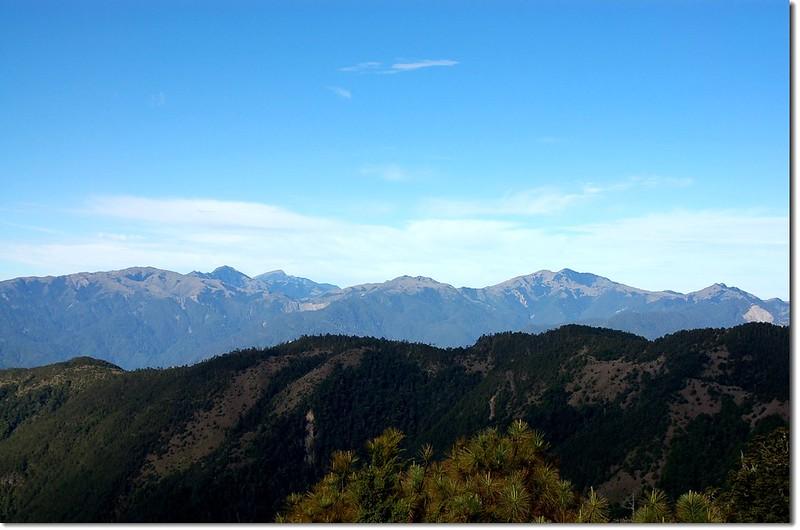 南二段群峰(From 馬西山徑西南眺) 1