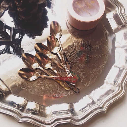 grief comes in many shapes and forms. yesterday my lovely grandmother passed away, today i polished the gold spoons she gave me the last time i saw her.❤️