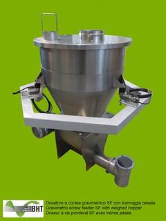 Dosatore gravimetrico a coclea SF con tramoggia pesata