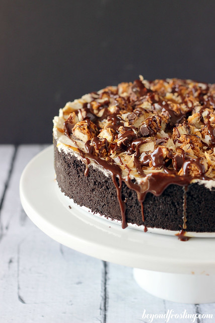 Samoa Cookie Ice Cream Cake | beyondfrosting.com | #samoa #girlscoutcookie #icecream