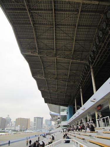 川崎競馬場の3号スタンド