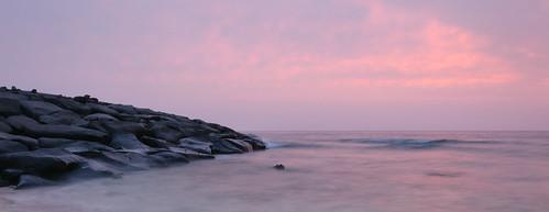 sunset red sea sky seascape lens nikon rocks waves saudi arabia dx d90 f3556g 18105mm