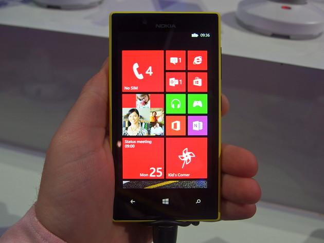 So sánh Nokia Lumia 520 và Asus ZenFone 4 - 19217