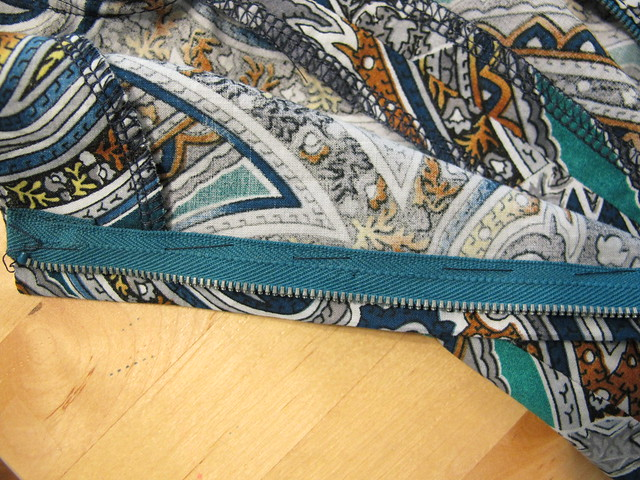 OAL - Lapped Zipper