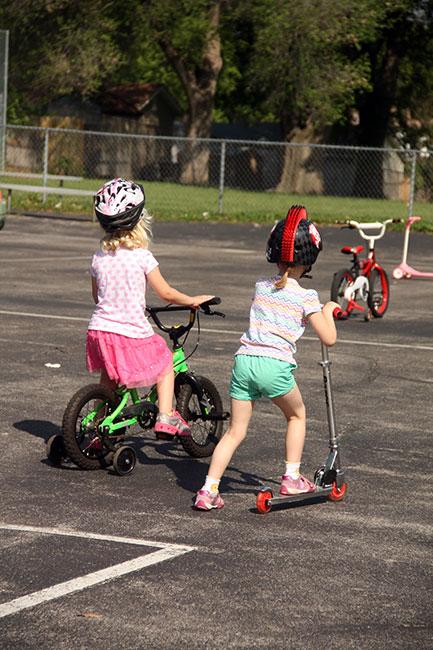 Aut-and-Lauren-Biking