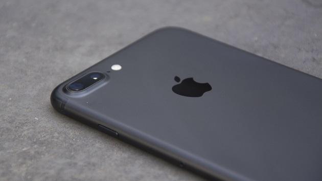 """Apple sẽ mang tới một camera """"tuyệt đỉnh"""" trên iPhone 8 Plus"""