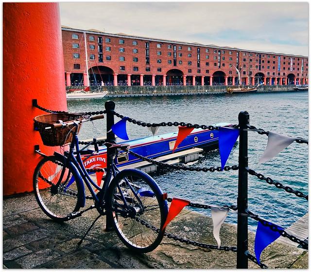 Albert Dock - Flickr CC bevgoodwin