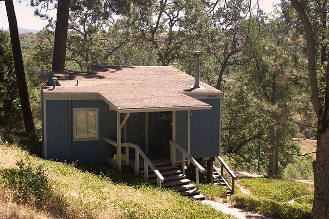 SequoiaResort_Cabin1