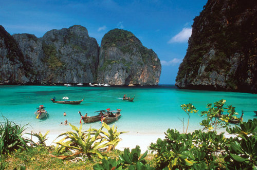 Koh-Phi-Phi-the-beach