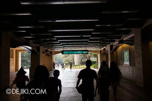 Tokyo DisneySea - Entrance Plaza / Resort Line exit
