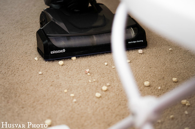 BISSELL powerglide vacuum review lift-off in_the_know_mom