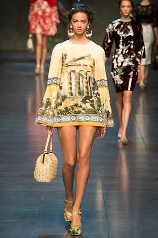 Dolce & Gabbana S/S 2014 Collection - Milan Fashion Week