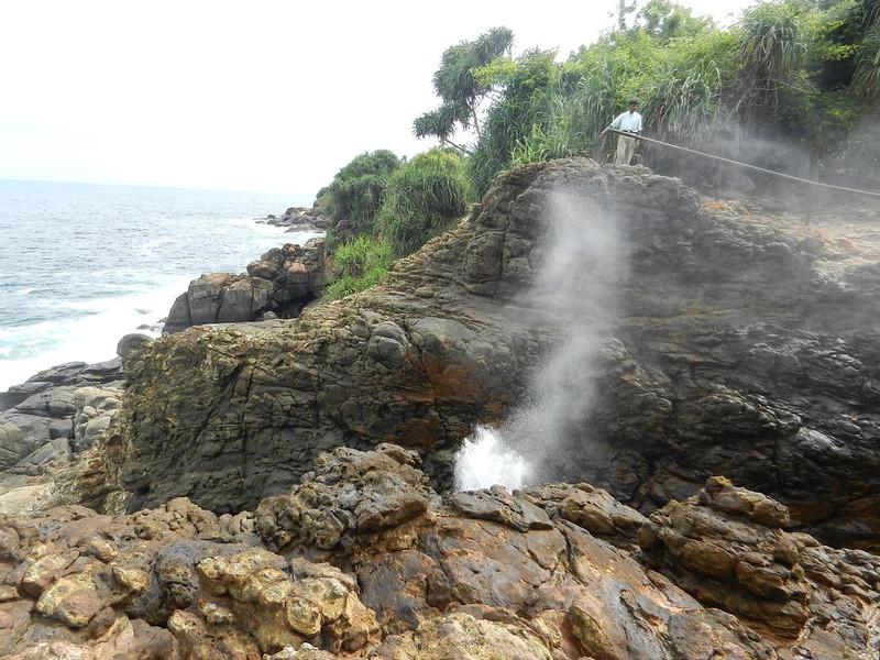 Блоу Хол (Blow Hole) Шри Ланка
