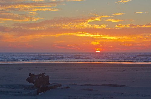 ocean sunset color fall beach washington pacificocean longbeach longbeachwasunset